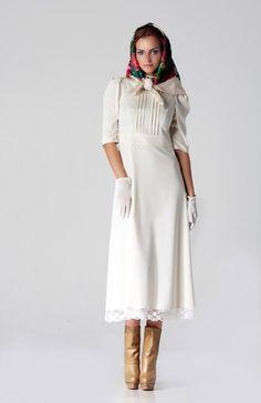 Платье из костюмной ткани с кружевом. | Платья | Одежда | Uniqhand - интернет магазин авторских работ
