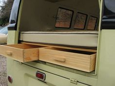 Rear storage in splitscreen van Kombi Camper, Vw Bus T2, Kombi Home, Volkswagen Bus, Vw T1, Camper Van, Volkswagen Interior, Bus Interior, Campervan Interior