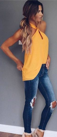 #Summer #Outfits / Yellow Halter Top + Skinny Ripped Jeans Yellow Jeans, Yellow Top, Jean Outfits, Casual Outfits, Cute Outfits, Fashion Outfits, Awesome Hair, Jeans Denim, Ripped Jeans
