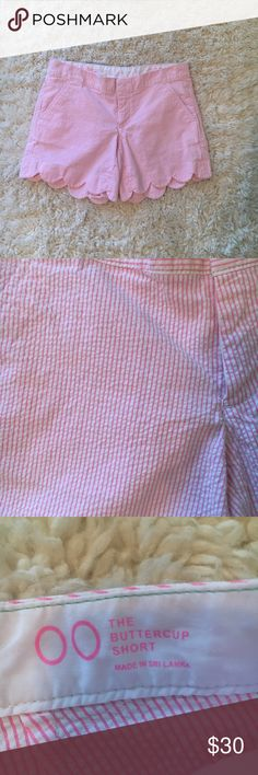 Lilly Pulitzer shorts Pink and white seersucker shorts EUC with no signs of wear or stains Smoke free home No trades Lilly Pulitzer Shorts