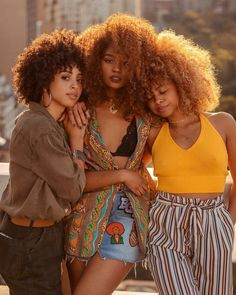 New hair curly updo afro Ideas Natural Curls, Natural Hair Care, Natural Hair Styles, Natural Beauty, Natural Braids, Natural Waves, Natural Texture, Trendy Hairstyles, Girl Hairstyles