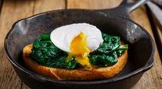 Αυγά ποσέ με σπανάκι