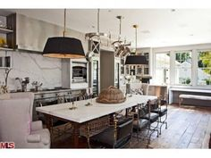 Gwyneth Paltrow and hubby Chris Martin's new L.A. kitchen