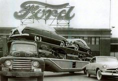 Vintage 1951 Ford Semi Truck Car Carrier leaving Ford Factory with Ford's. Antique Trucks, Vintage Trucks, Antique Cars, Vintage Auto, Chevrolet Bel Air, Ford Motor Company, Cool Trucks, Big Trucks, Semi Trucks
