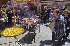 Un bazar para los cinco sentidos en Castalla - INFORMACION.ES #SanIsidroCastalla16