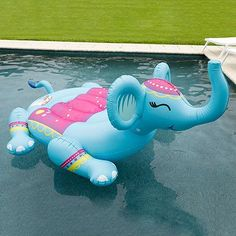 Giant Animal Pool Float - Inflatable Pool Float - Ideas of Inflatable P. Cute Pool Floats, Giant Pool Floats, Pool Toys And Floats, Giant Animals, Inflatable Float, My Pool, Pool Fun, Pool Accessories, Summer Pool