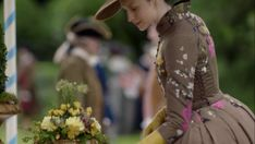 Side lacing vents on Claire's dress to allow for pregnancy expansion. You definitely see that in the period. Terry Dresbach, Outlander Costumes, The A Team, Episode 5, Costume Design, Frocks, Peonies, Pregnancy, Maternity