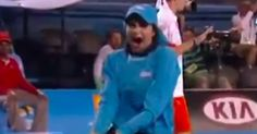 This Ball Girl Had To Pick Up A Bug Off The Court, And Her Reaction Was Perfect