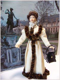 Joséphine porcelain dollhouse doll :12th. Doll by Beatrice5804