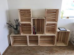 Stylový nábytek z palet Wooden Diy, Pallet Furniture, Shelves, Box, Pallets, Home Decor, Shelving, Snare Drum, Decoration Home