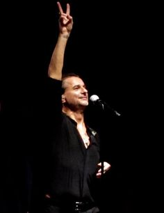 Dave Gahan with Soulsavers in London 2015