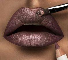 Bronze lip
