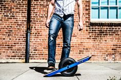 Single-wheeled skateboard is powered by complex algorithms and built-in sensors.