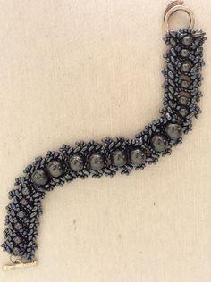 Pulseras de abalorios - 138.2 DULCINEA (cristal y hematite) - hecho a mano por DelikaElite en DaWanda