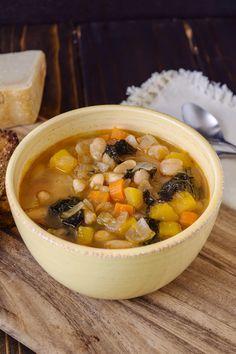 Tuscan bean soup #italian #soup #tuscany
