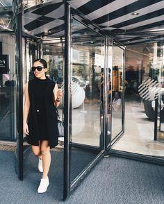 Fazendo a phyna depois de ter virado nessa porta só pra fazer a foto  #intimasdaray #ootd #PullmanIbirapuera