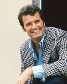 The Rockford Files.  Monday night 7.20 BBC1.  Used to watch this with me Dad in the 70s.