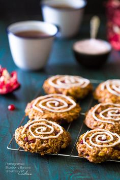 Pomegranate Banana Breakfast Cookies - Insanely easy cookies that are gluten free and made with yogurt and pomegranates for a healthy, superfood protein boost! | Foodfaithfitness.com | @FoodFaithFit