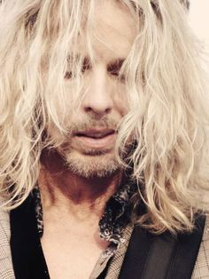 I love Tommy Shaw Tommy Shaw, Night Ranger, Damn Yankees, Pop Culture, Eye Candy, Singer, Celebrities, Sexy, God