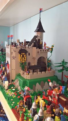 [MOC] King's Mountain Fortress 6081 - LEGO Historic Themes - Eurobricks Forums