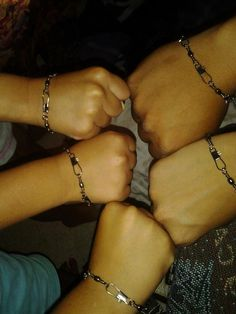 """DIY family fisherman bracelets. Go to any sports store and buy a pack of swivels and make away!! {{Jesus' first apostles were Peter, James, John and Andrew, all commercial fishermen by trade. In Matthew 4:19, Jesus promises them that they will be """"fishers of men"""" if they will follow Him. Jesus' promise to the apostles is one of a life full of richness and worth in service to God.}}"""