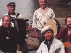 a little bit of irish foot stomping music Irish Rovers, Celtic, Board, Music, Muziek, Music Activities, Musik