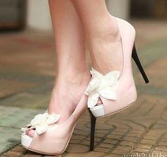 Pretty Pink High Heel Shoes for Women Does this look Hot?