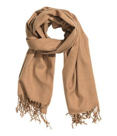 Super-soft, classic camel scarf with fringe at ends. | H&M Accessories