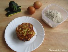 Cuketové placky Muffin, Eggs, Breakfast, Food, Morning Coffee, Essen, Muffins, Egg, Meals