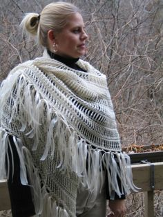"""free crochet pattern - The alpaca angel shawl, a crochet version of the Elizabeth Zimmerman's """"Pi Shawl""""! EASY AND FAST but spectacular!"""