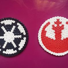May the Force be with you!   Have an imperial party with the coasters marked with your favorite symbol. Or let your guests choose the right side!   #hamabeads #perlerbeads #pyssla #beads #8bit #8bitart #pixel #pixelart #retro #vintage #craft #artisan #diy #starwars #darthvader #sith #darkside #lightside #coaster #alliance #empire #symbols #italianart