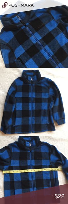 Columbia youth jacket blue buffalo plaid 6/7 Youth 6/7, no stains, holes, issues. Gently used condition. Washwear on the paint of the zipper. Great item! Columbia Jackets & Coats