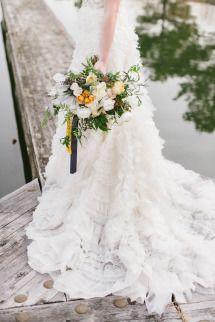 Romantic Tangerine + Navy Wedding Inspiration | Photos