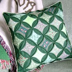 Quilted Cathedral Window Pillow Cover Green.