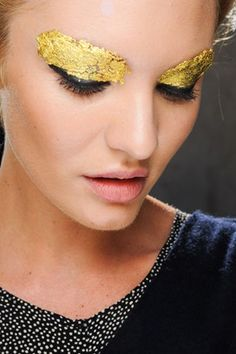 Fendi Gold Leaf Metallic Eyes - a little impractical but beautiful inspiration nonetheless