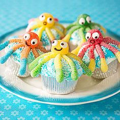 Mermaid party inspirations by Bella Bella Studios~ adorable octopus cupcakes! #cupcakes #mermaid #party