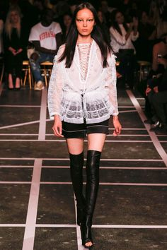 Givenchy, Весна-лето 2015, Ready-To-Wear, Париж