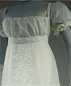 Beautiful 1804 French evening dress in regency style