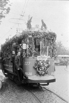 İstanbul kadıköy - Son tramvay 1966.