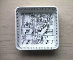 Square Bowl    No.RU-emsb  SOLD OUT  design: Kaj Franck カイ・フランク >>  decoration: Raija Uosikkinen ライヤ ウオシッキネン   maker: ARABIA (finland) >>   size: 13.8cm×13.8cm  H3.8cm  porcelain