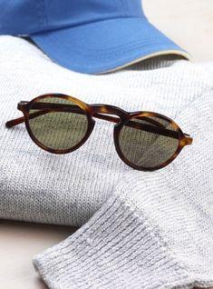 Round Arched Sunglasses in Dark Tortoise Small Round Sunglasses, Rectangle Sunglasses, Cheap Sunglasses, Sunglasses Case, Sunnies, Look Alike, Sunglass Frames, Eyeglasses, Eyewear
