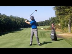 Find out precisely how to turn into a much better golf enthusiast. Golf tips Golf Lessons For Kids, Golf Chipping Tips, Golf Training Aids, Golf Videos, Golf Instruction, Golf Exercises, Workouts, Golf Quotes, Golf Gifts