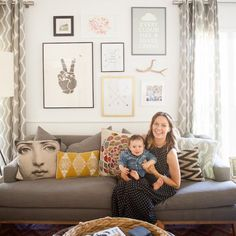Can't get enough of this living room! I love this picture frame layout!