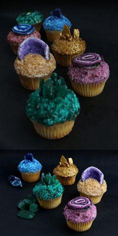 decadentdessertsblog:  DIY Gemstone Cupcake Tutorials from Alana Jones-Mann.Cupcakes Tutorials for:GeodeGreen Tourmaline CrystalBlue Azurite CrystalMetallic PyriteAgate SliceFor DIY Agate Slice Cupcakes from Alana Jones-Mann, go here.
