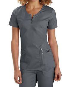 Beyond Scrubs Mia Zip Front Scrub Tops Main Image Vet Scrubs, Dental Scrubs, Medical Scrubs, Scrubs Outfit, Scrubs Uniform, Medical Uniforms, Work Uniforms, Healthcare Uniforms, Nursing Uniforms