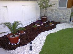 Meu pátio decorado por mim. Visite o meu BLOG: saulrogerioartesanato.blogspot.pt