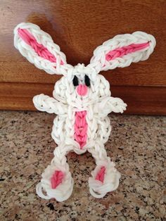 BUNNY. Loome by Kelly Serrell Motta on the Rainbow Loom. Rainbow Loom FB page.