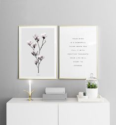 Find inspiration for creating a picture wall of posters and art prints. Endless inspiration for gallery walls and inspiring decor. Create a gallery wall with framed art from Desenio. Inspiration Wand, Living Room Inspiration, Interior Inspiration, Desenio Posters, Room Posters, Posters Uk, Inspirational Wall Art, Home And Deco, Decor Room
