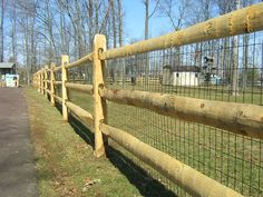 Fence idea for the yard/dog run area. Perfect for us someday when we have this type of fencing, because we will damnit!