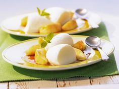 Probieren Sie die leckere Buttermilch-Mousse mit Karamelläpfeln von Eat Smarter oder eines unserer anderen gesunden Rezepte!